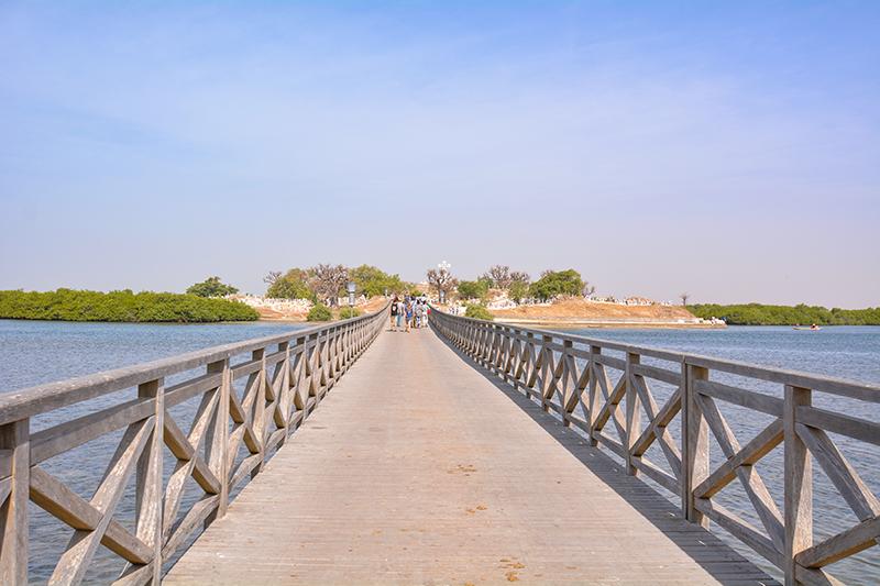セネガル ファディユ島 墓地