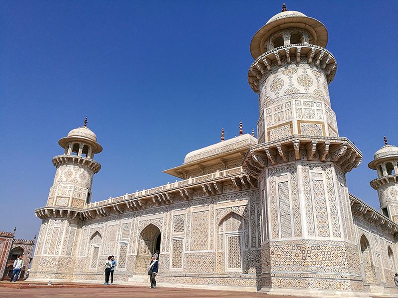 イティマド・ウッダウラー廟 インド 女ふたり旅 アグラ