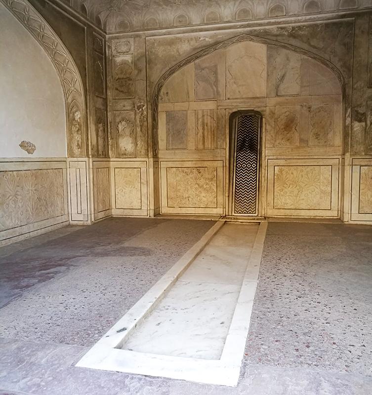 インド 女ふたり旅 アグラ城